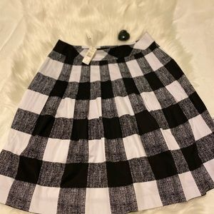 TALBOTS SKIRT 4 Petite With Tag